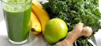 Glowing Green Smoothie for Glowing and Shiny Hair