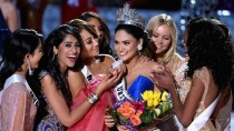 Miss Philippines' reaction and the crowd Boo'ing