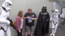 Darth Vader Helps Wife Tell Husband She's Pregnant At Disney World